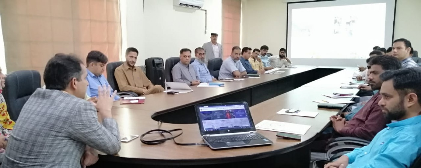 Muzaffarabad: DG IT Board AJ&K while giving opening speech to the participants of training session held on Web Portal for focal persons of all GoAJK Departments